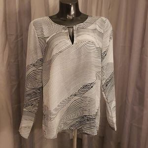 Trippy lines blouse